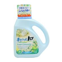 日本进口LION狮王TOP持久香氛柔顺洗衣液(洋甘菊香型)900g